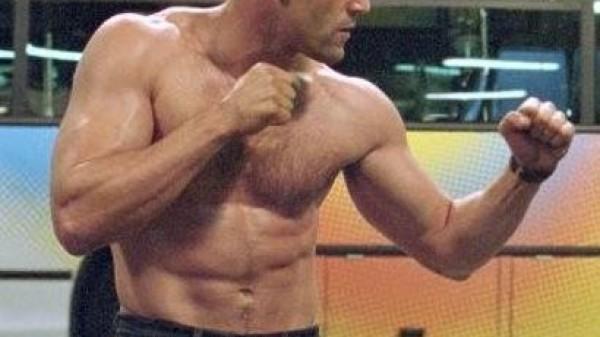 Jason Statham: Eνας αληθινός μάγκας!!!(VIDEO)