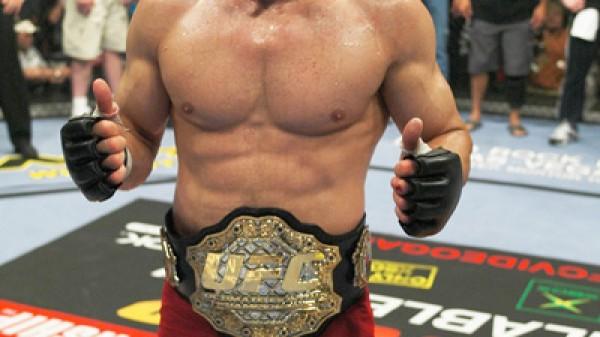 O θρύλος του UFC, Randy Couture… υπέγραψε με το Bellator!!!