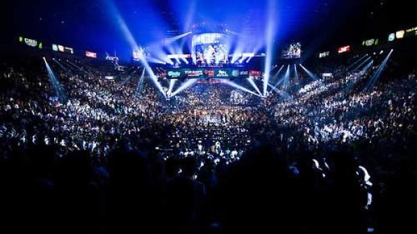 Αυτό είναι το μέλλον της επαγγελματικής πυγμαχίας!