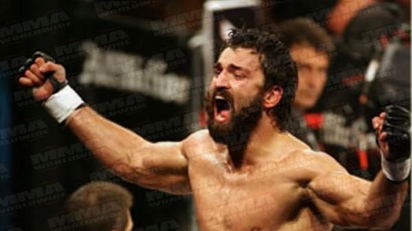 O πρώτος αγώνας του Arlovski στο UFC! (BINTEO)