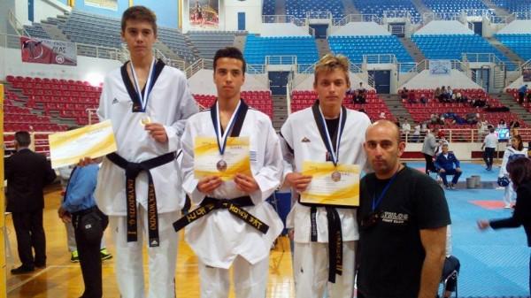 Ο ΑΘΛΟΣ ΚΙΛΚΙΣ με τρία μετάλλια στο πρωτάθλημα της ETABE στην Θεσσαλονίκη