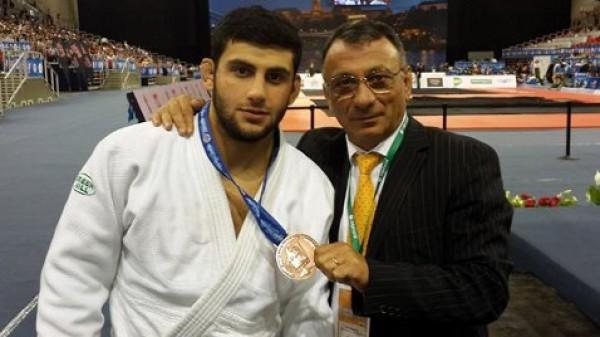 Χάλκινο μετάλλιο ο Μουστόπουλος στο Γκραν Σλαμ του Τζέτζου