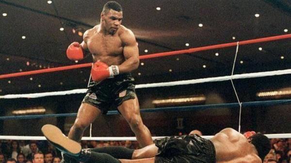 O Tyson σε μαθαίνει να βγάζεις το νοκ – άουτ!