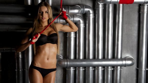 Ekaterina Vandarieva: Με αυτή θα μάθεις thai μία και καλή!