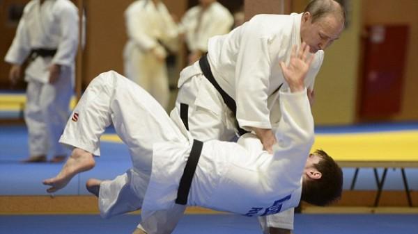 Σε νέα επίδειξη τζούντο ο Βλαντιμίρ Πούτιν