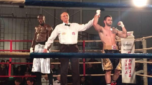 Μπαίνει στο ρινγκ του Boxing Prive ο Μαλιχούδης