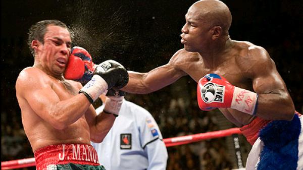 O Mayweather δεν πιστεύει πως ο McGregor έπεσε νοκ άουτ σε σπάρινγκ