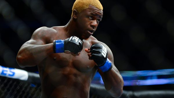 Σκληρό ΚΟ για βετεράνο του UFC (ΒΙΝΤΕΟ)