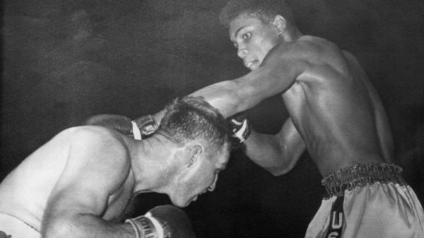 56 χρόνια από το επαγγελματικό ντεμπούτο του Ali (ΒΙΝΤΕΟ)