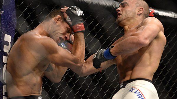 Τρομερή ματσάρα με Alvarez κόντρα σε αήττητο MMAer!!!