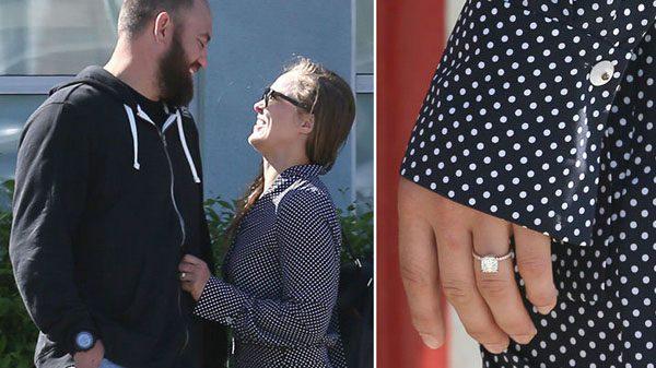 Παντρεύονται Ronda και Travis Browne!