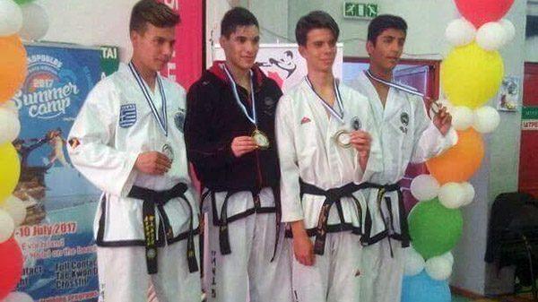 Οι  Gerontis fighters στo πανελλήνιο τουρνουά taekwondo Κερατσινίου
