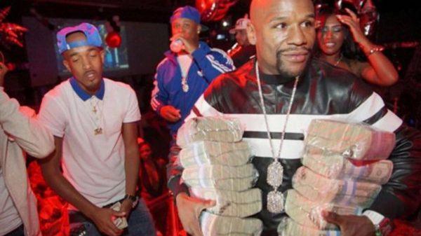 Ο Mayweather αποκάλυψε πόσα χρήματα θα βγάλει με τον McGregor