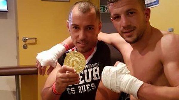 Tεράστιος ο Γιάννης Παπαδόπουλος στο Λονδίνο με μεγάλη νίκη στο Muay Thai Grand Prix