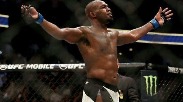 Σε αργή κίνηση το… ξύλο του UFC 214 (BINTEO)
