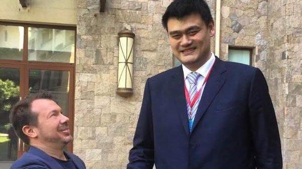 Το GLORY «σπάει στα δύο» για να πάει στην Κίνα