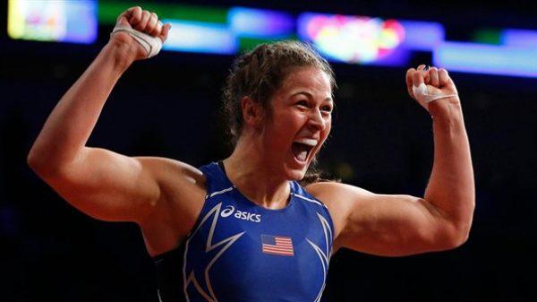 Adeline Gray: H κορυφαία αθλήτρια στην πάλη κάνει come back στις 29 Οκτωβρίου