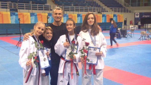 Α.Σ Taekwondo Περιστερίου: Φουλ στα μετάλλια