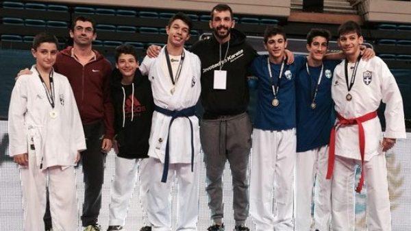 Kαλές εμφανίσεις για τον Αθλητικό σύλλογο Καράτε Αμαρουσίου στο Πανελλήνιο κύπελλο