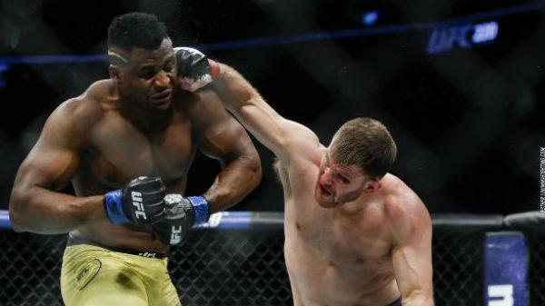 Το «ξύλο» του UFC 220 σε αργή κίνηση (ΒΙΝΤΕΟ)