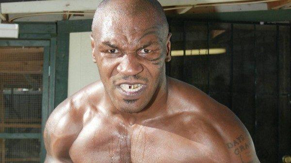Το βίντεο που ο Fat Joe περιγράφει πως τον έσωσε ο Mike Tyson από δέκα μπράβους!