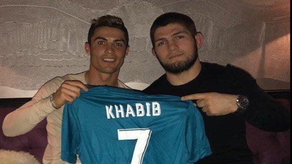 Καλεσμένος της Ρεάλ Μαδρίτης ο Khabib που πόζαρε παρέα με Ρονάλντο