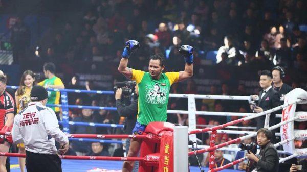 Νίκη σε κλασικό ντέρμπι του Thai για Yodsanklai  επί Kehl (ΒΙΝΤΕΟ)