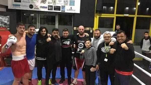 Στο Unbroken Boxing Aγρίνιο το σπάρινγκ Αγκαράι, Κατσάνου, Μουρτζιαπη