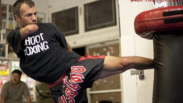 Βaxter Humby: Η συγκινητική ιστορία του μονόχειρα kickboxer που σάρωσε τους τίτλους