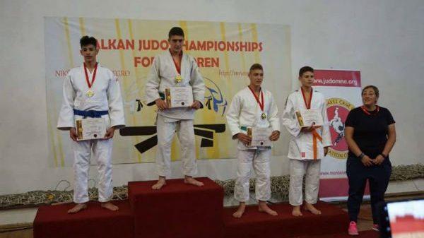 Φέρνουν μετάλλια στην Ελλάδα Κωστελίδης, Κοσμίδης