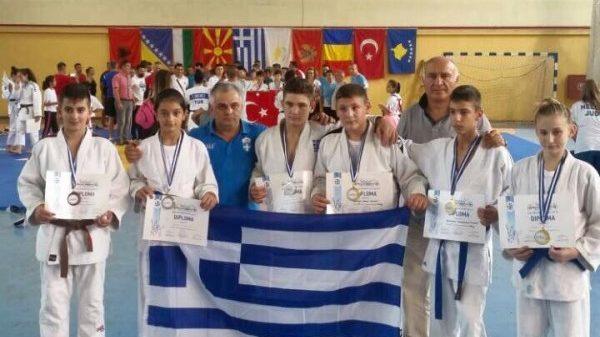 Αυλαία με εννέα μετάλλια για την Ελλάδα στο Βαλκανικό Πρωτάθλημα της Μίκρας