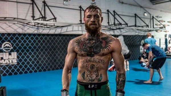 «Πόλεμος» στο camp του McGregor: Φεύγουν…κεφάλια στην προπόνηση