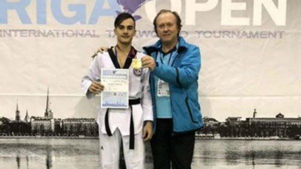 Taekwondo Ζαχαρόπουλος: Χρυσό μετάλλιο για τον Βερελή