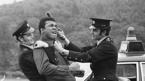 Η ιστορία του Muhammad Aliπου αρνήθηκε να πολεμήσει στο Βιετνάμ