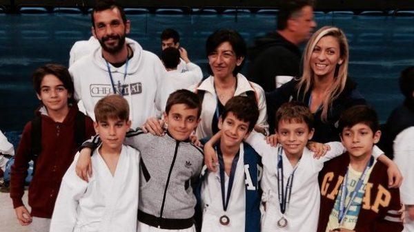 Αθλητικός σύλλογος Καράτε «Αρμονία» ΟΑΚΑ: 12 μετάλλια στο Πανελλήνιο κύπελλο