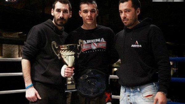 Arena Fighting Team:  Έξυπνος αθλητής ο Βασιλειάδης, θα πάρουμε την ζώνη!