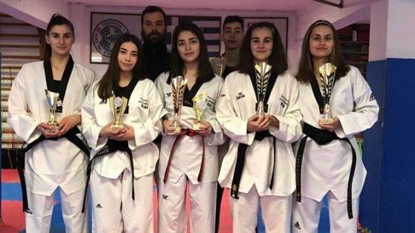 Βραβεύτηκαν επτά αθλητές του Α.Σ Δία Λάρισας