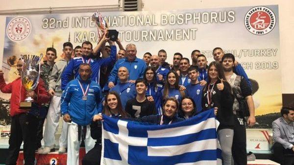 «Συλλογή» μεταλλίων για τον αθλητικό σύλλογο Δίαλλο στην Κωνσταντινούπολη