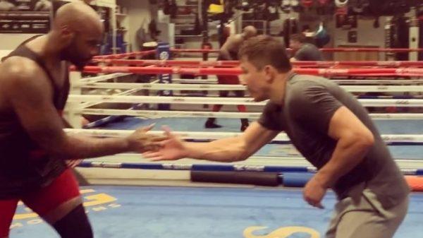 O GGG δείχνει την δύναμη του απέναντι στον heavyweight Malik Scott