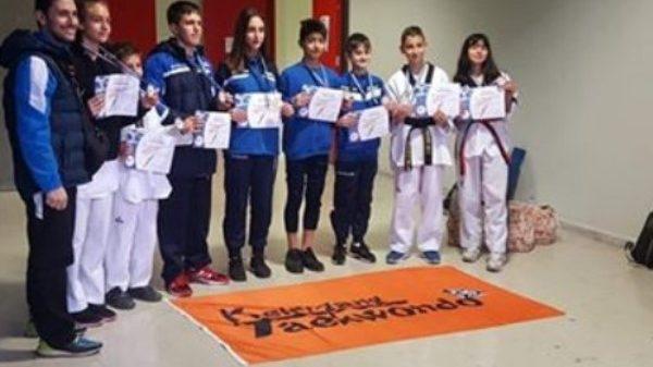 Keumgang Taekwondo: 14 μετάλλια στο τέταρτο κύπελλο Ακρόπολης