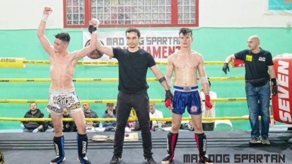 Πέτρος Σάχο: Κέρδισε την ζώνη IPTA στο Mad Dog Spartan Tournament