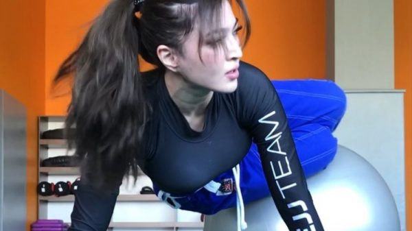 Gulzhan Nakipova: Το πιο σέξι κορίτσι του Jiu Jitsu