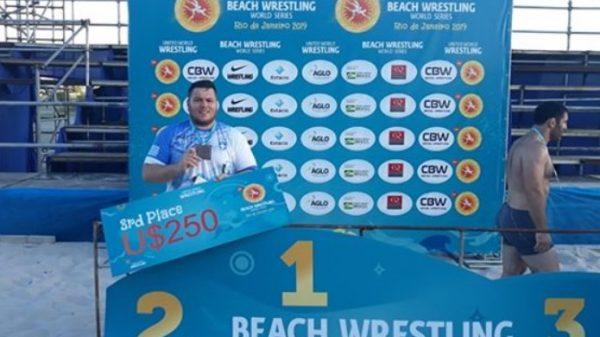 Τρίτος ο Καργιωτάκης στο Παγκόσμιο τουρνουά Beach Wrestling